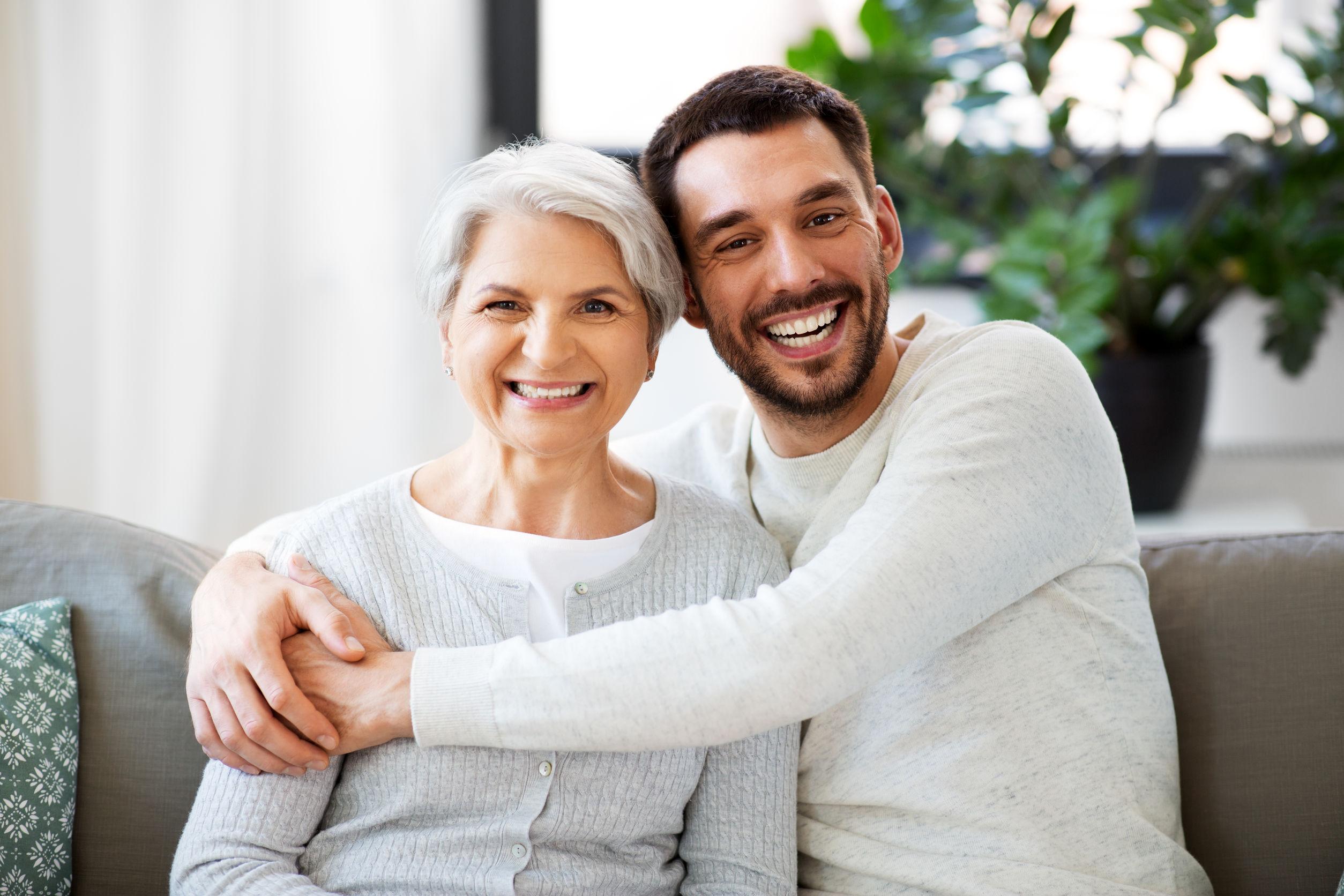 יחסי הורה ילד בגיל המבוגר
