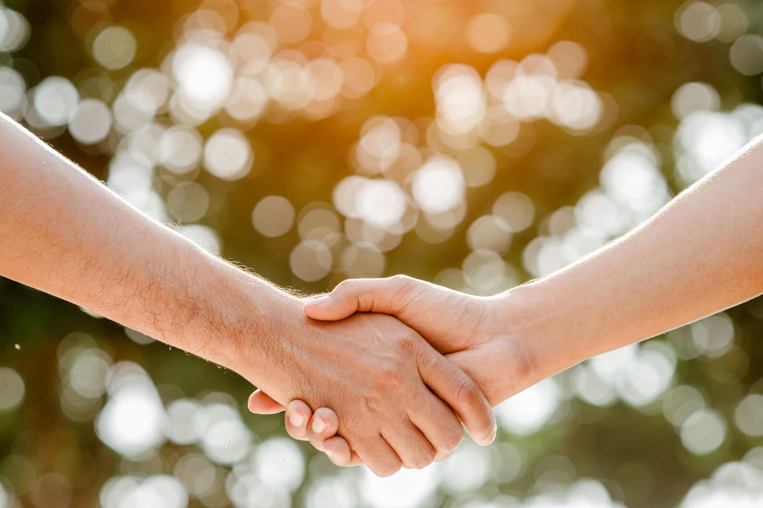 פינת נעים להכיר ומבוא לחוויה הרגשית הכרוכה במפגש אישי ובינאישי.